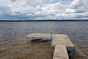 Access to ouor quay (dock) on Lac Nominingue