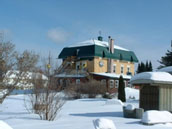 Auberge Chez Ignace in winter